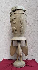 Schamanen Trommel 103 cm Hoch  Afrika / Südsee ?  mit geschnitzen  Holzfiguren