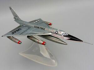 US Air Force CONVAIR XB-58 Hustler 1/200 Herpa 559850 55-0660 USAF