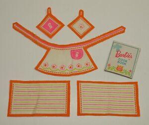 Vtg Barbie DREAM KITCHEN DINETTE Apron Dish Towels Potholders Cookbook SEW FREE