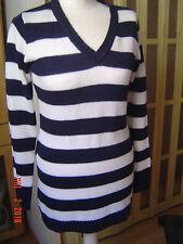 Neu sehr schöner längerer Pullover mit Gürtel Gr. 36 gestreift