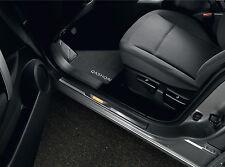 Nissan Original Iluminado Puerta Sill strip/entry guardias Par Delantero g6950jd030
