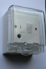 Crabtree rockergrid Grille Module 10AX 2 interrupteur Blanc//Chrome Poli Rocker