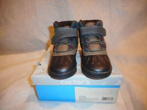 N/W/B Carter's Grey/Burgandy/Brown Boots Toddler US Size 7