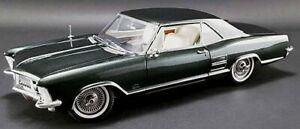 1:18 1963 Buick Riviera  GREEN 1806304