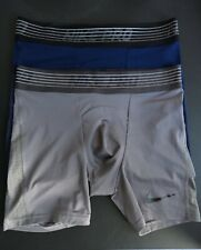2 Nike Pro Shorts Gr. M Blau und Grau