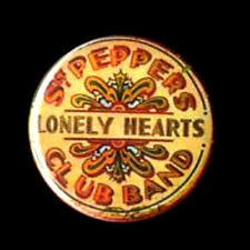 BEATLES BADGE. SGT PEPPER, 60's Pop, John Lennon.