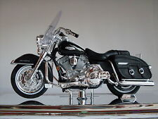 Harley Davidson Modelo, 2001 Road Rey Classic (33), Maisto Moto 1:18