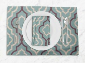S4Sassy Quarterfoil Geometric Washable Printed Tablemats With Napkins Set-GMD-1C