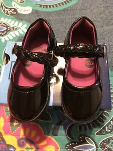 Adorable Stride Rite Toddler Girls Brielle Black Patent Mary Janes Size 6.5 NWB