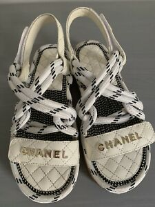 Chanel White Leather Sandals Size 8 39