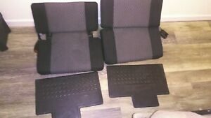 08 chevy colorado LT BACK SEATS cloth comes with all necessary bolts but no sb