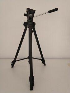 Black Velbon D-400 Camera Tripod
