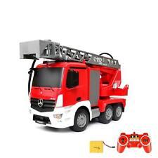 RC ferngesteuerter Mercedes Benz Antos Feuerwehrwagen mit Spritzfunktion, Auto