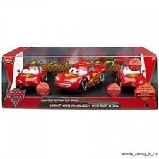 New Disney Store Cars 2 Lightning McQueen Mia Tia LE Limited Edition SET 1/5000