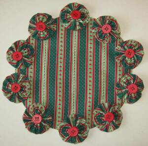"""Christmas Stripes 8"""" Table Centerpiece Green Red YoYo Candle Mat Holiday Doily"""