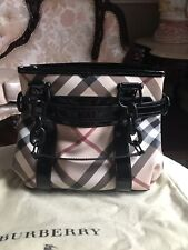 100%Authentic Burberry Nova Check Shoulder Bag