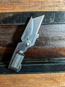 Gerber  stainless steel quick change lockback knife in  good used condition.