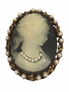 Vintage Necklace Pendant Victorian Inspired Glass Cameo Pendant Brooch Pin grey