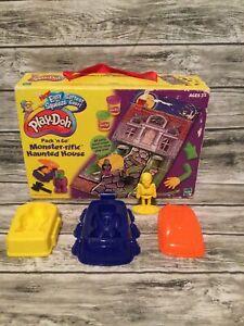 Vintage Hasbro Play-doh Monster-rific Haunted House Pack N Go Set 2001