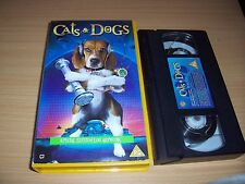 Cats And Dogs (VHS/SUR, 2001)