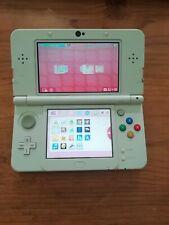 Nintendo 3DS White Handheld Console - Wireless capture Card