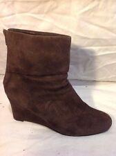 Viva La Diva Dark Brown Ankle Suede Boots Size 39