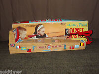 VINTAGE 1960S TIN TOY PISTOL TARGET MASTER TOURNAMENT RANGE GAME IN BOX