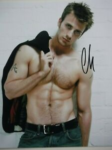 "CHRIS EVANS  SIGNED PHOTO   ""SHIRTLESS"""
