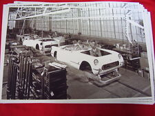1953 CHEVROLET CORVETTE BODY ASSEMBLY AREA  11 X 17  PHOTO   PICTURE