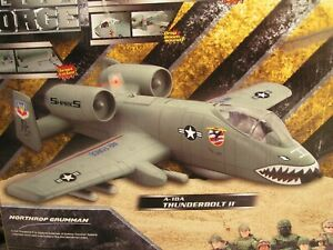 ELITE FORCE A-10A THUNDERBOLT II Warthog PLANE & PILOT Action Figure 1:18 Boxed