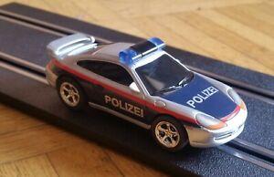 Carrera 1:43 - GO  Porsche 911 Polizei mit Blaulicht