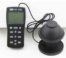 TES-133 Digital Luminous Flux Meter Light Meter 0.05 to 7000 Lumens