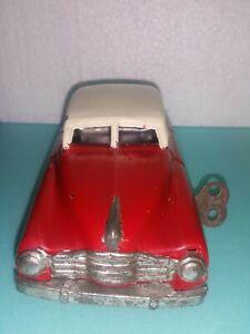 VINTAGE CAR TOY MM - 1956 SEDAN VEHICLE 1950'S WIND UP GERMANY TIN LITHO & KEY