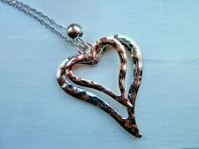 HAMMERED METAL DOUBLE HEART COSTUME NECKLACE