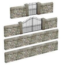 Bachmann 44-555 Model Plastic Stone Walls & Gates Grey 00 Gauge -Tracked 48 Post