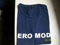 Halb Arm T Shirt Gr. S von Vero Moda dunkelblau mit Aufdruck s. Foto