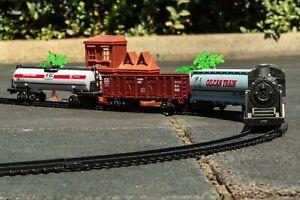 4-Teiliges Modell eisenbahn Zug Set Spielzeug mit Lokomotive und Schienen