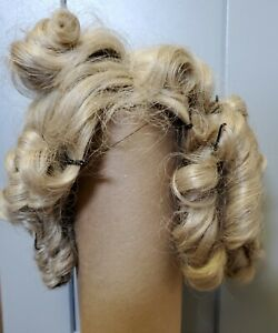 SYNTHETIC DOLL WIG BLONDE LOTS OF SAUSAGE CURLS