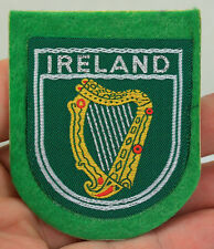 VINTAGE GREEN FELT IRELAND LYRE HARP INTERNATIONAL TRAVEL PATCH