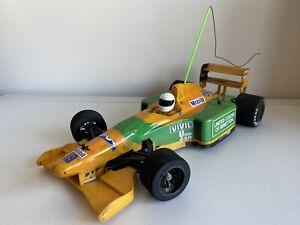 Vintage Tamiya F102 Benetton with radio gear (F103, F102, F101, F1)