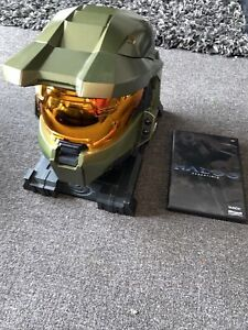 Halo 3 Legendary Edition Master Chief Helmet with Stand & Essentials Disc