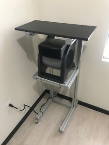 PRO - SPC Smart pain cave stand with High Velocity Pivoting Fan