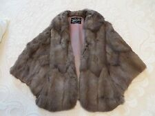 VINTAGE GRAY SQUIRREL FUR  POCKET CAPELET STOLE SHRUG SHAWL FROM LAUER FURS