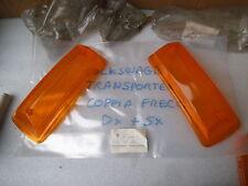P11978S COPPIA PLASTICHE FRECCE ANTERIORI VOLKSWAGEN TRANSPORTER NUOVO ORIGINALE