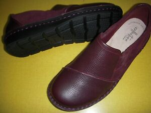 Clarks Michela Opal Leather & Suede Slip On Shoes Women's 7 W Burgandy 7W ~