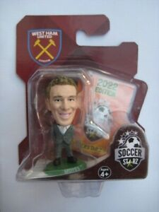 Moyes West Ham United Manager SoccerStarZ MicroStars Green Base Blister