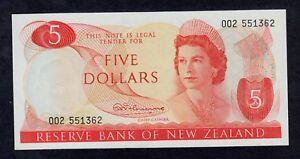 NEW ZEALAND  5  DOLLARS ( 1967 )  PICK # 165a UNC.
