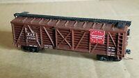 NS5 N Scale Box Car Micro Train Couplers V&T 365 cattle weathered stockyard