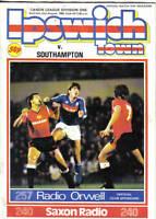 Football Programme>IPSWICH TOWN v SOUTHAMPTON Aug 1985