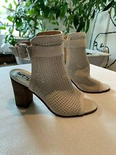 Sam Edelman White Leather Perforated Booties Size 6.5